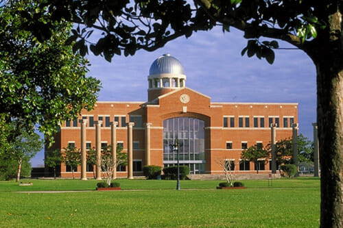Hinton Center at Houston Baptist University
